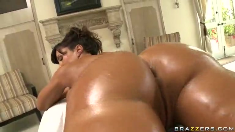 lisa eskort naken vid massage
