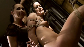 Some crazy shit is going on with this two fetish babes