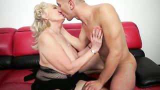 Mature girl bangs with her step son