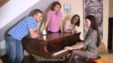 18videoz - Playing piano and having sex in foursome